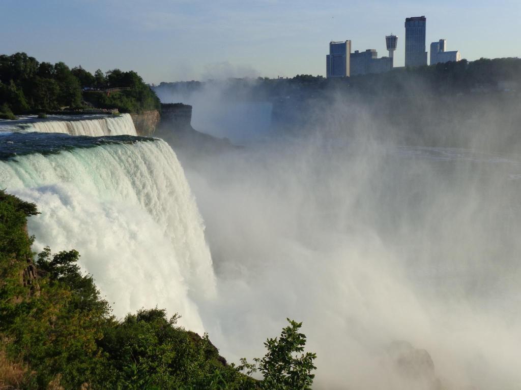 Radisson Hotel Niagara Falls Grand Island尼亚加拉瀑布 格兰德岛丽笙酒店