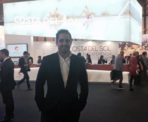 Antonio Cabello. Director