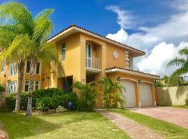 Grand Palm Villa, Brenas