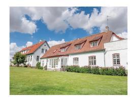 Ten-Bedroom Holiday home Hvalsø with Sea View 04, Kirke-Hvalsø