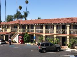 圣塔安那旅游酒店, 圣安娜