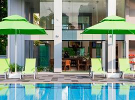 8 on Claymore Serviced Residences - By Royal Plaza on Scotts