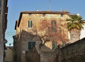 Casa Di Castello, קאסטלמוזיו