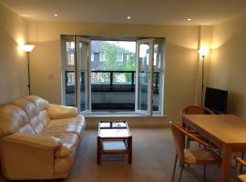Pembroke Apartment, Ruislip