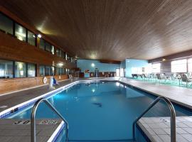 Econo Lodge Inn & Suites Green Bay, Green Bay
