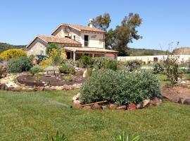 Villa in Campagna con Piscina Privata, Uri