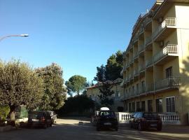 圣弗朗西斯科温泉酒店, Spezzano Albanese