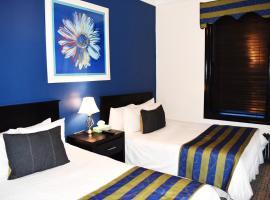 Royal Park Hotel & Hostel