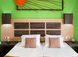 Acapulco Marinos Apartments, לגאנאס