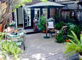 Rousseau's Garden, San Anselmo