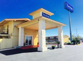 Travelodge Inn and Suites New Braunfels, New Braunfels
