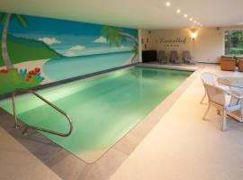 Luxurious Villa 't Kasteelhof, Veulen