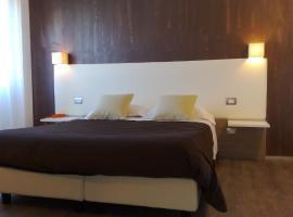 Hotel Toscana, فيليني فالدارنو