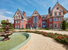 PortAventura Lucy's Mansion - Includes PortAventura Park Tickets, Khu nghỉ mát Salou
