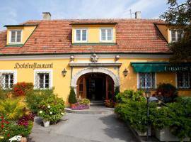 匈牙利王冠酒店, 布如克纽多夫