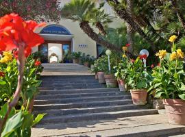 فندق سان ميشيل, أناكابْري