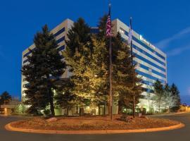 丹佛科技中心希尔顿合博套房酒店, 世纪市