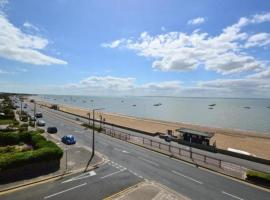 Smart Apartment near Sea, Southend-on-Sea