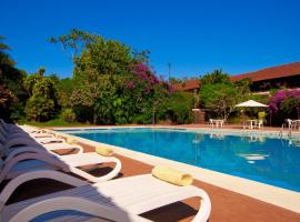 Hotel Raices Esturion