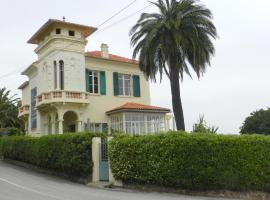 Maison les Camélias, Le Trayas