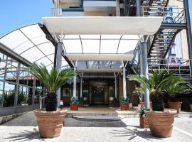 Hotel Max, Aversa