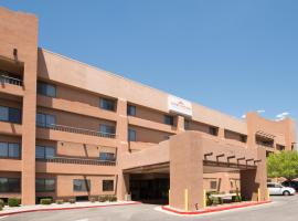Hawthorn Suites by Wyndham Albuquerque, ألباكيركي