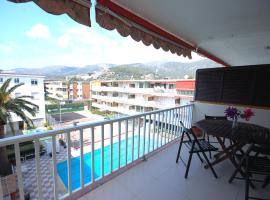 LETS HOLIDAYS Pool Apartment in CASTELLDEFELS, קסטידפלס