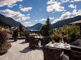 Regitnig - 4 Sterne Hotel und Chalets, 魏森湖