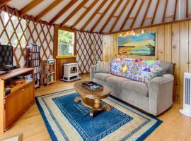 Yurt on the Bay, Bay City