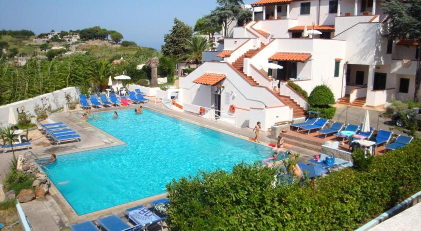 Casa vacanze gilda ischia 1 for Casa vacanza ischia