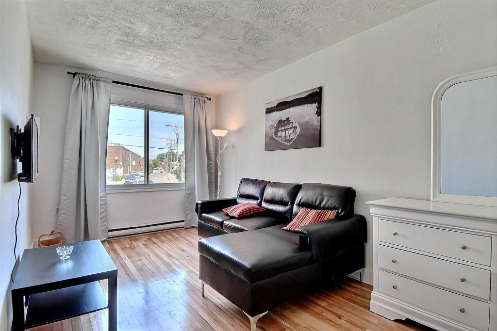 L Appartement Hotel Montreal Parking