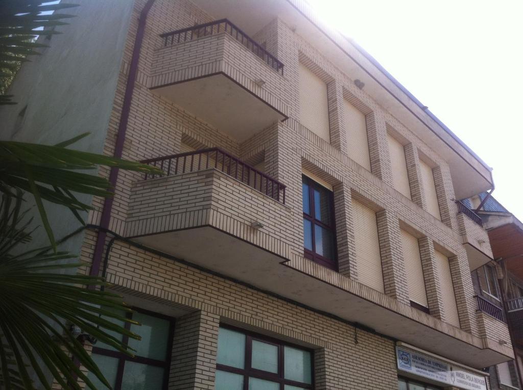 Apartamento en el centro de ainsa apartamento en el for Apartamentos en ainsa