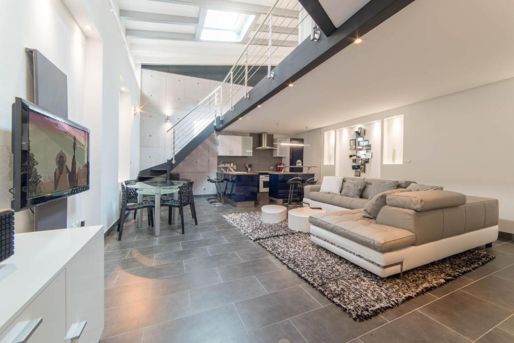 le loft 67 strasbourg c p nh t gi n m 2018. Black Bedroom Furniture Sets. Home Design Ideas