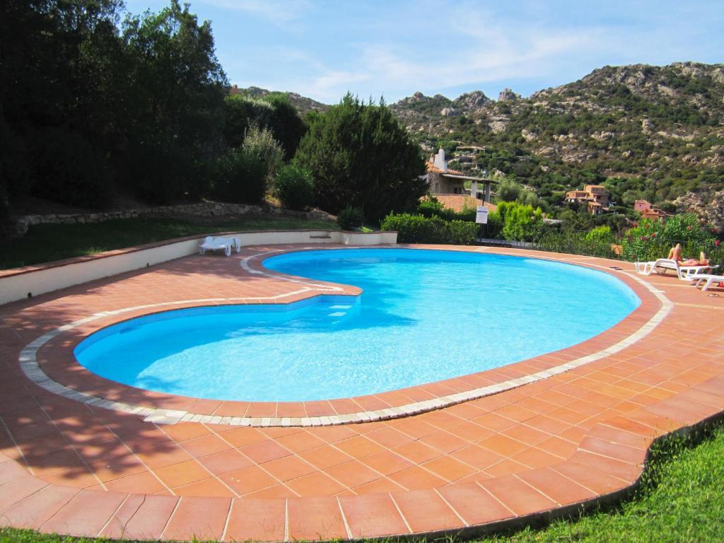 Appartamenti con piscina in zona di prestigio porto cervo appartamenti con piscina in zona - Appartamenti con piscina ...