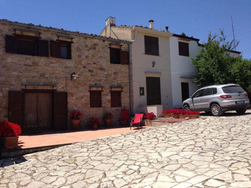 Casa vacanze rustico casale bosco ficuzza italia bivio for Casa vacanze milano
