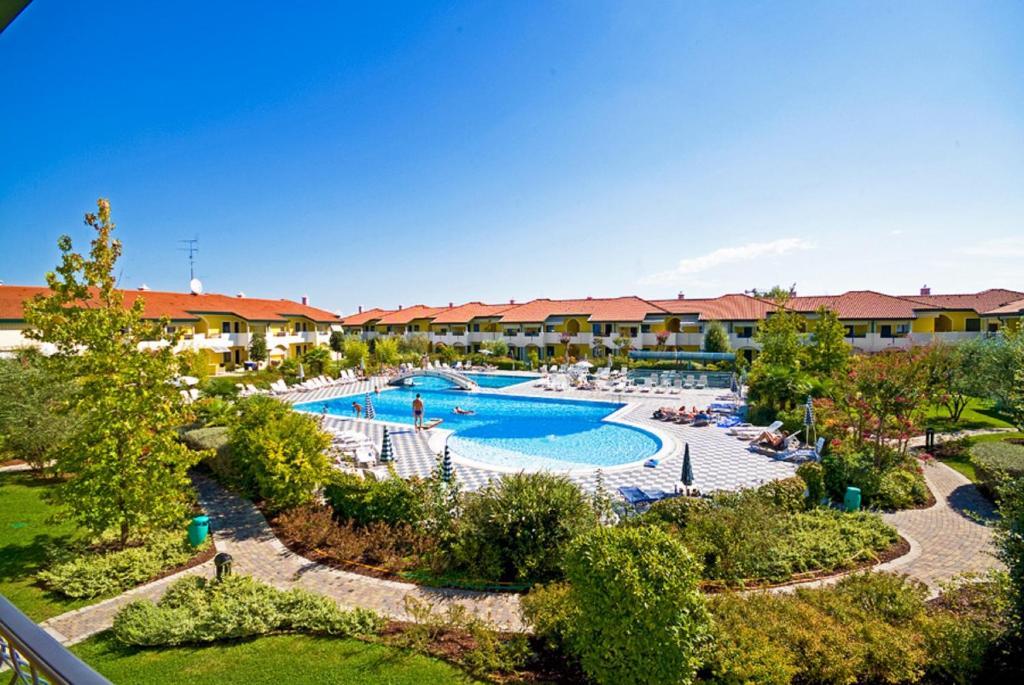 Villaggio ducale italia bibione - Hotel bibione con piscina ...