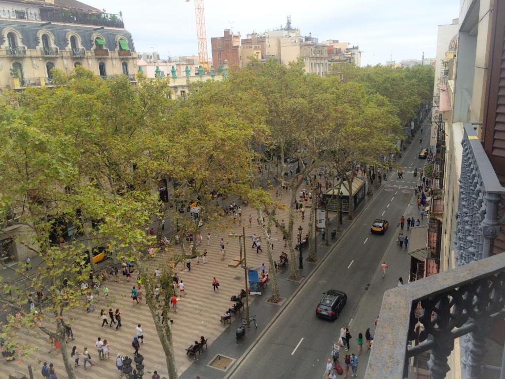 旅馆 barcelona city ramblas(巴塞罗那市拉布兰大道酒店)
