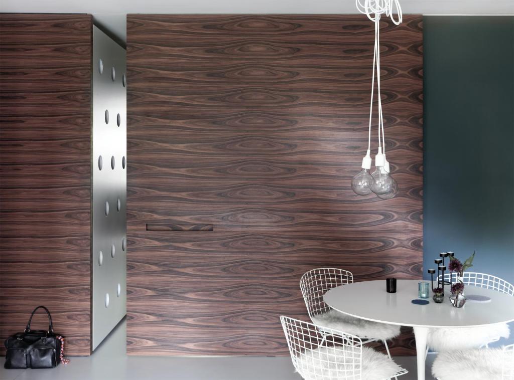 oscar niemeyer apartment. Black Bedroom Furniture Sets. Home Design Ideas
