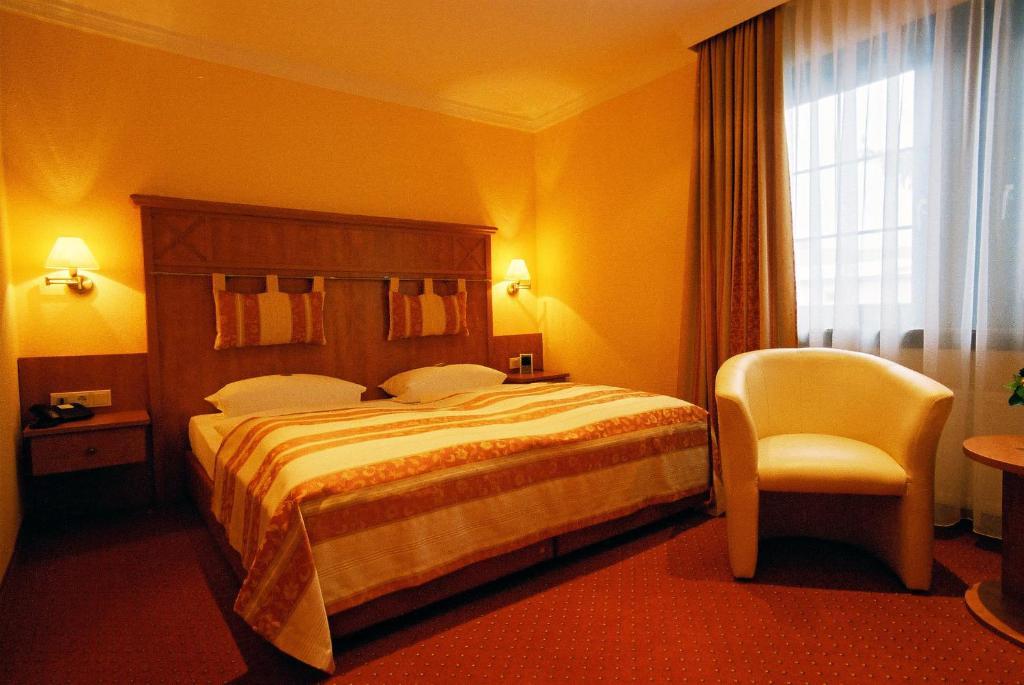 hotel garni schick deutschland bad homburg vor der h he. Black Bedroom Furniture Sets. Home Design Ideas