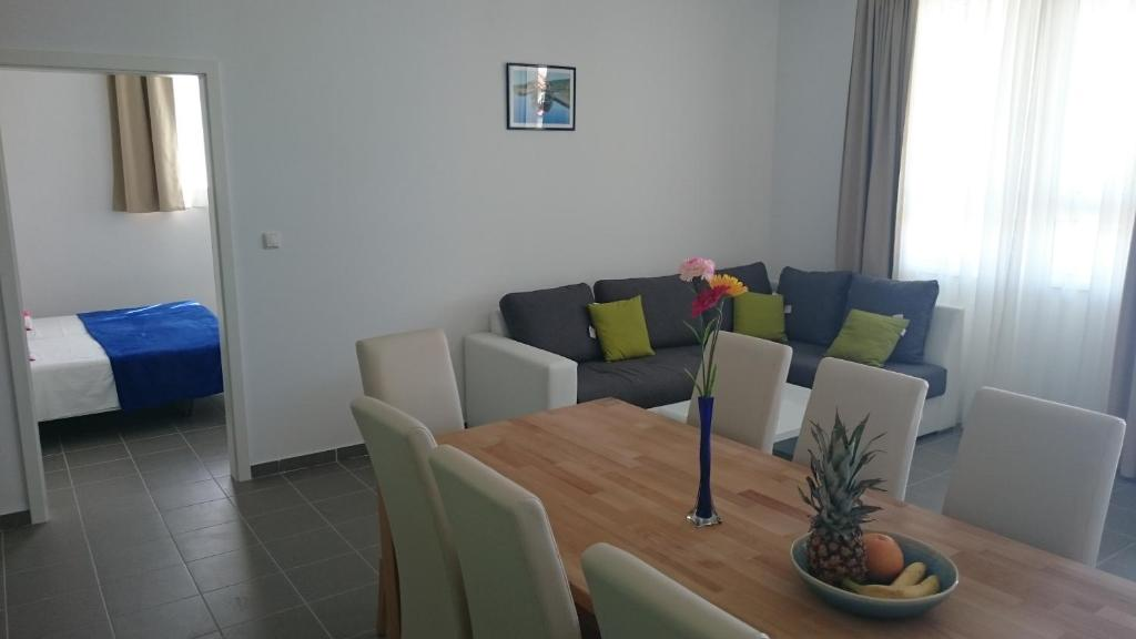 Beautiful Apartment Jukic Podstrana Cp nht