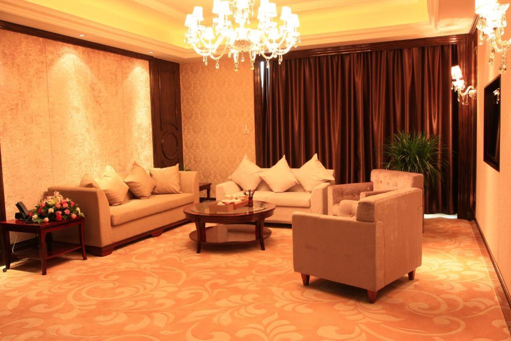 Xining hotel/酒店数据/hotel database