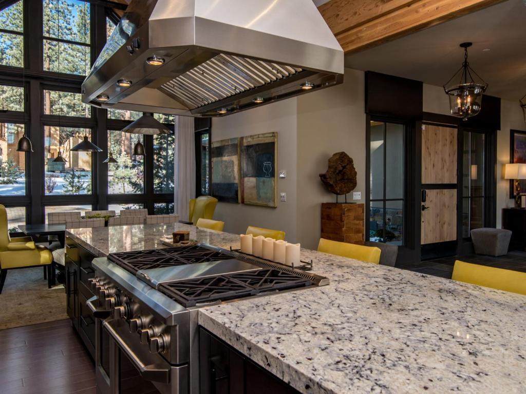 Dream at schaffer 39 s mill house home truckee m for Dream home flooring manufacturer