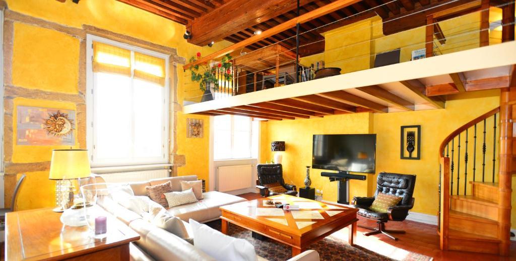 appart 39 croix rousse lyon c p nh t gi n m 2018. Black Bedroom Furniture Sets. Home Design Ideas