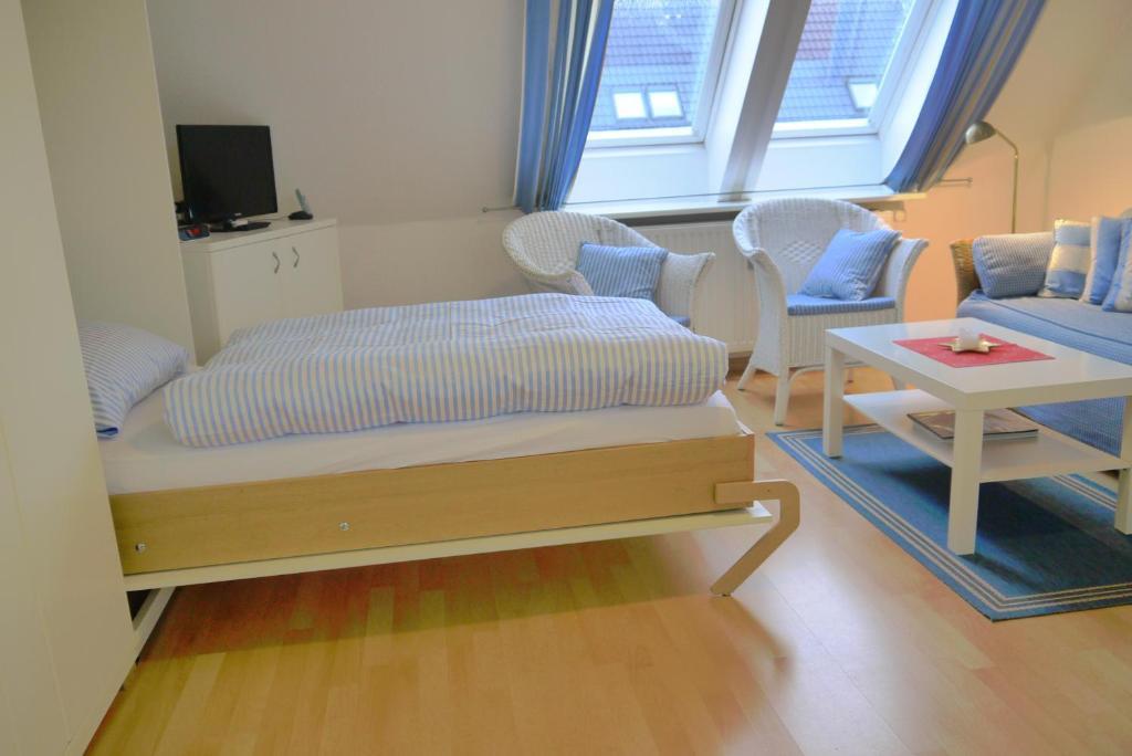 ferienwohnung h hnel westerland 2018. Black Bedroom Furniture Sets. Home Design Ideas