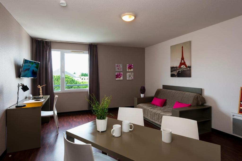 T n o apparthotel talence talence 2018 for Appart hotel talence