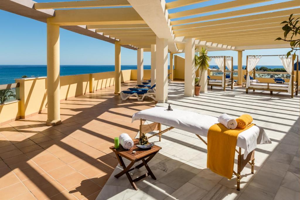 Malaga Airport (AGP) to BQ Andalucia Beach Hotel, Torre ...