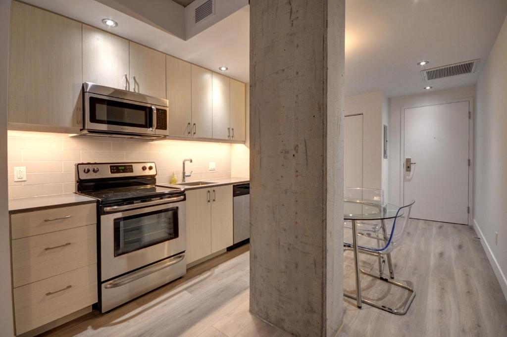 One Bedroom Apartment Old Montreal