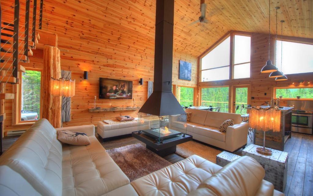 le val d 39 is re les chalets spa canada le val d 39 is re les chalets spa canada. Black Bedroom Furniture Sets. Home Design Ideas