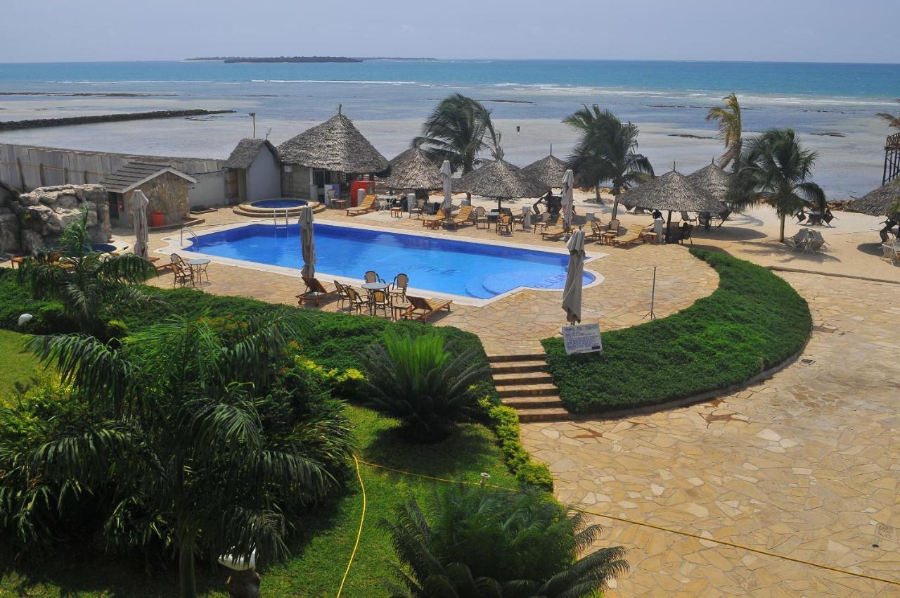 Giraffe Ocean View hotel