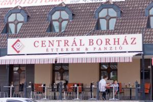 Centrál Borház - Étterem és Panzió - Image1
